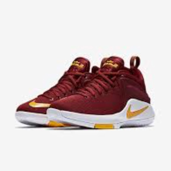 nike zoom witness team red white university gold opinie